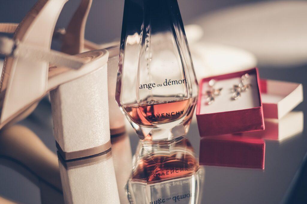 Jak właściwie przechowywać perfumy