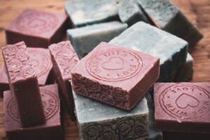 Szampon w kostce – kosmetyk przyszłości